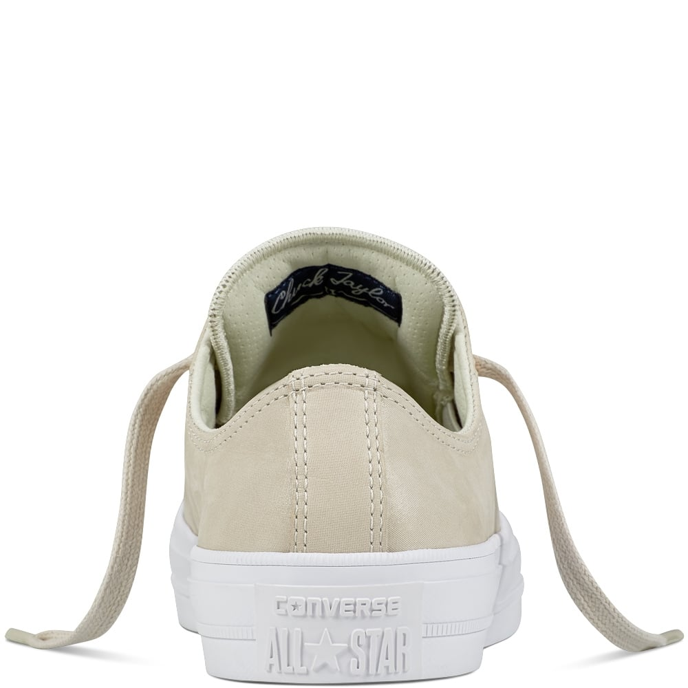 Converse chuck ii craft leather laced beige trainers 555956c for Converse chuck ii craft leather low top