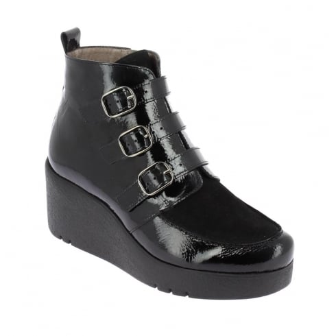 Wonders H-3224 Wonders Black Patent Wedge Ankle Boot