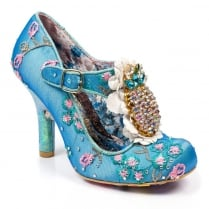 Irregular choice pea pods