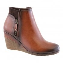 Susst Womens Wedge Ankle Boots - Tan