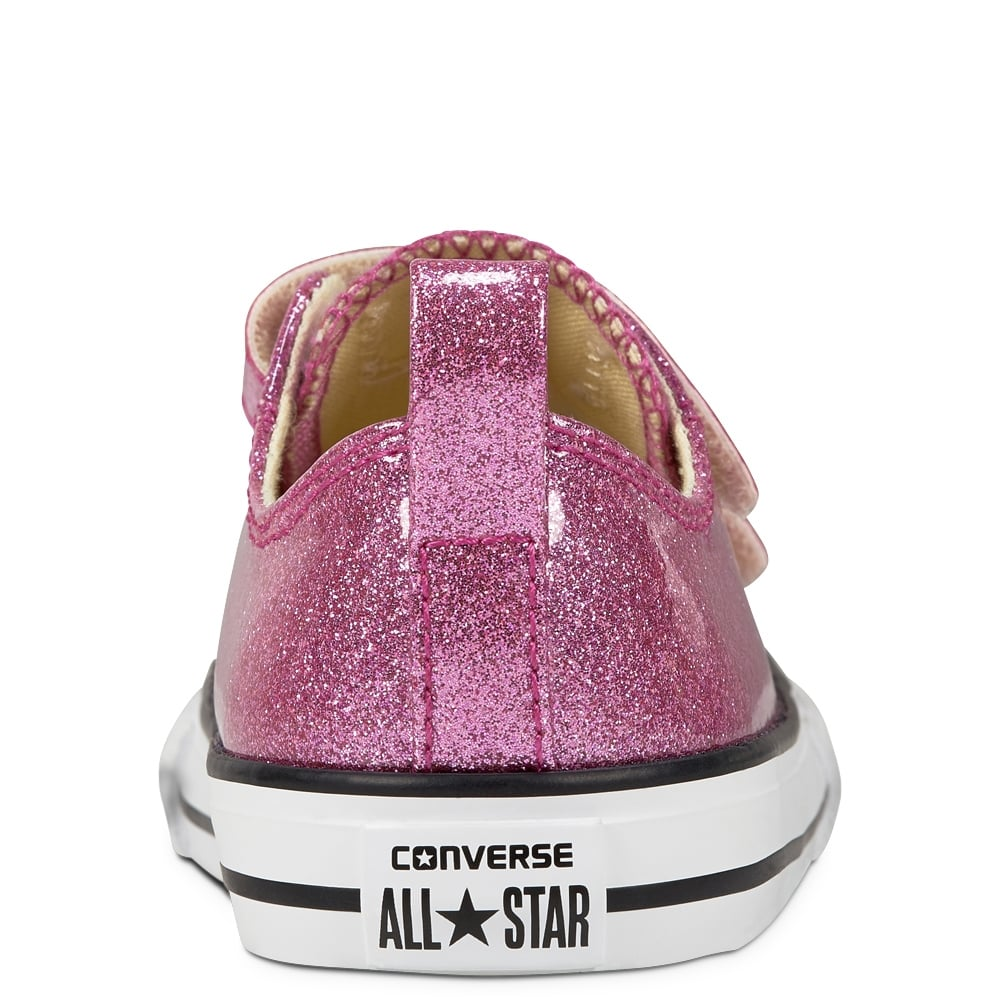 6aba2ceede5 ... Converse Kids Chuck Taylor All Star 2V Pink Glitter Velcro Trainers ...