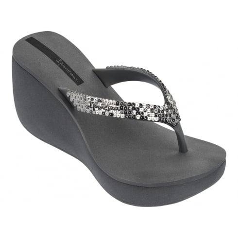 a92ca58b896 Ipanema Lipstick Grey Silver Wedge Toe Post Sandals