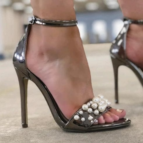 Millie & Co Stacie Pearl Sandal - Pewter
