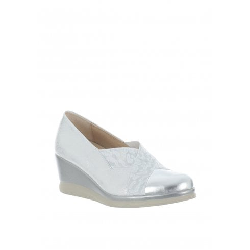Pitillos Womens Wedge Heeled Closed Court Shoes - Platinum