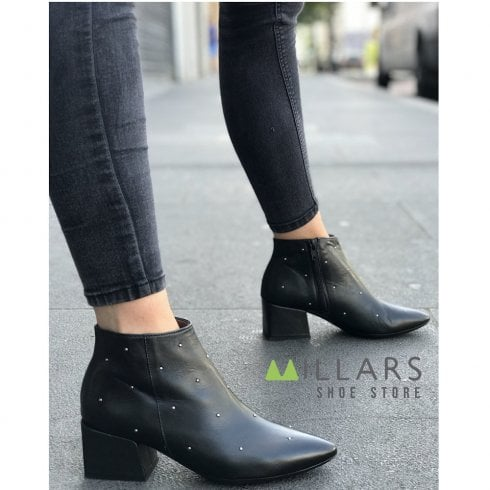 Wonders Black Leather Studded Mid Block Heel Pointed Toe Ankle Boots