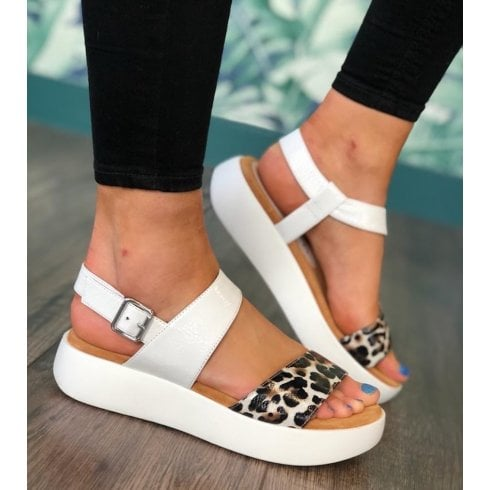 Unisa Bimax Ivory Flat Platform Sandals