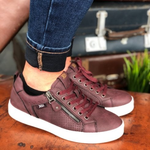 XTI Burgundy Side Zip Trainers