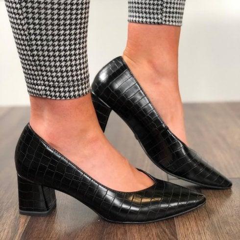 Tamaris Womens Black Croc Court Shoe