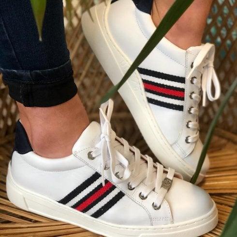 Unisa Farola Side Stripe Trainers - White/Navy