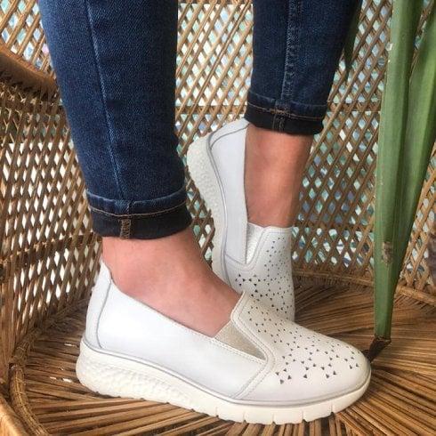 Drilleys Ladies White Wedge Shoe