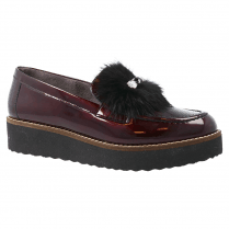 Pitillos Womens Mid Wedge Patent Leather Moccasins With Pompom - Burgundy