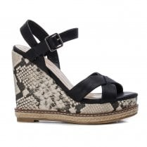 XTI Womens Snake Print Wedged Sandals - 44036