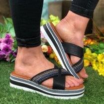 Mustang Ladies Black Beaded Crossover Sandal