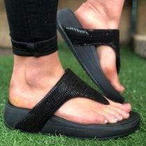 Skechers Ladies Black Retrographs Jupiter Wedged Sandal