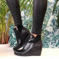 Susst Ladies Nadine Black Wedge Ankle Boots