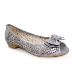 Lunar Mount Layered Bow Peep Toe Flat Sandals - Silver