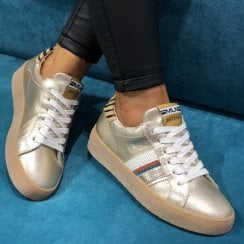 Méliné Womens Metallic Gold Sneakers - STRA3015