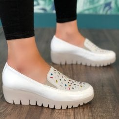 Wonders Womens White Embellished Patent Slip On Wedged Shoes - C-33205