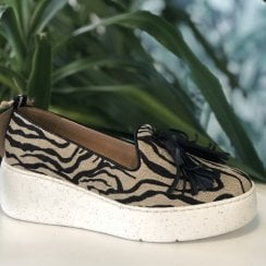 Wonders 8360 Zebra Tassel Slip On